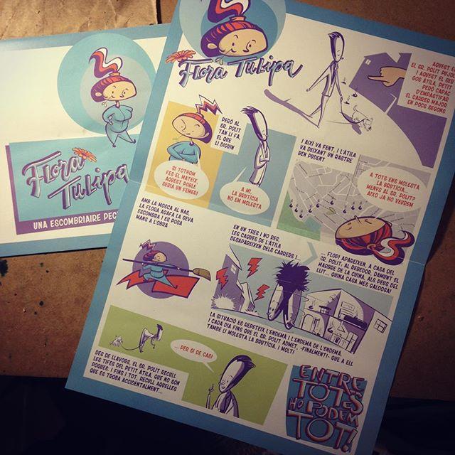 Els cinc còmics es repartiren per tot el poble, en escoles i forns de pa